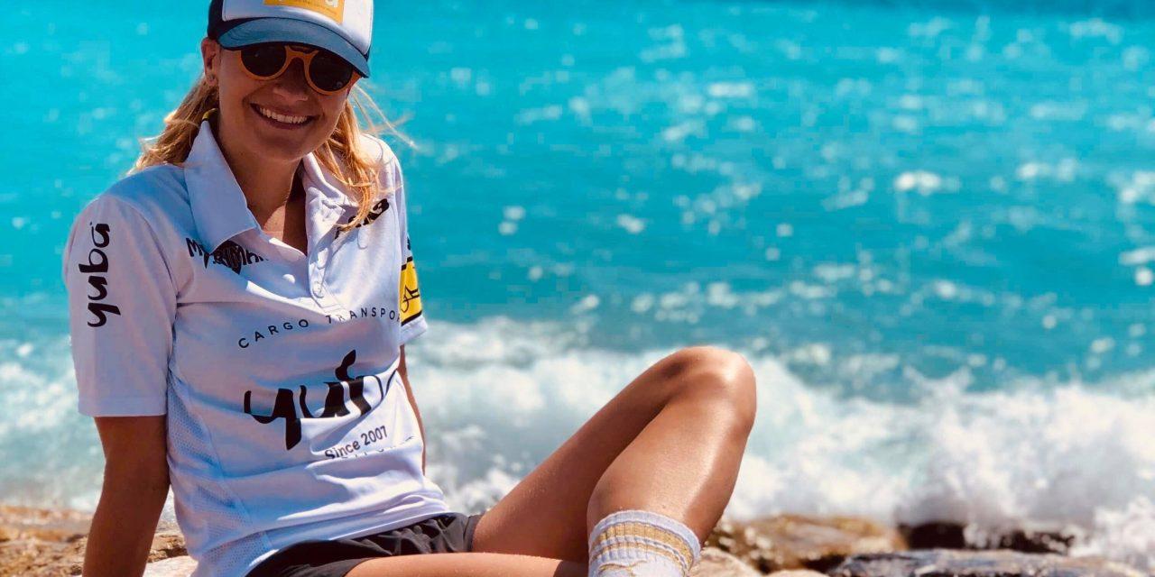 Anneline Coutinho file vers la Côte-d'Or