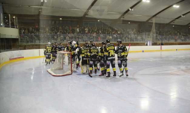 Hockey sur glace : Le CHR défait à l'extérieur