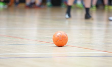 Handball : Saint-Chamond (NF3) brille encore, Saint-Etienne (NM2) chute