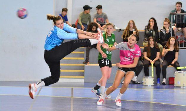 """Tatiana Priou-Zajac (Saint-Etienne Hand) élue """"Sportive du mois"""" de février !"""