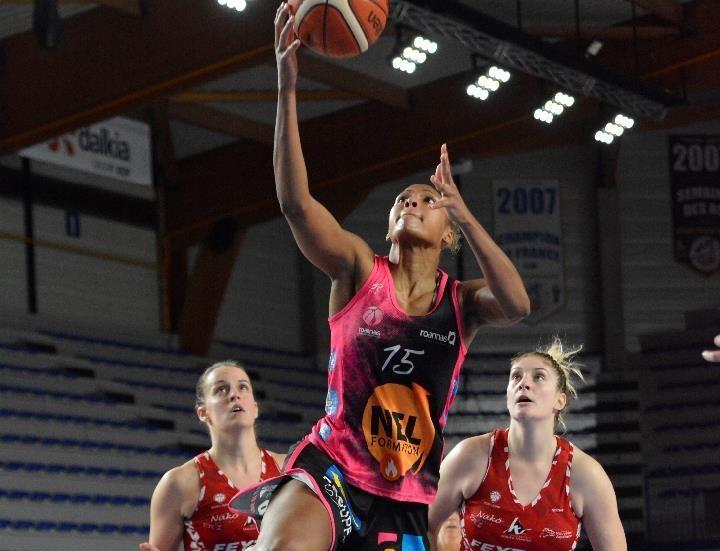Le Roannais Basket Féminin file en quart et frappe un grand coup